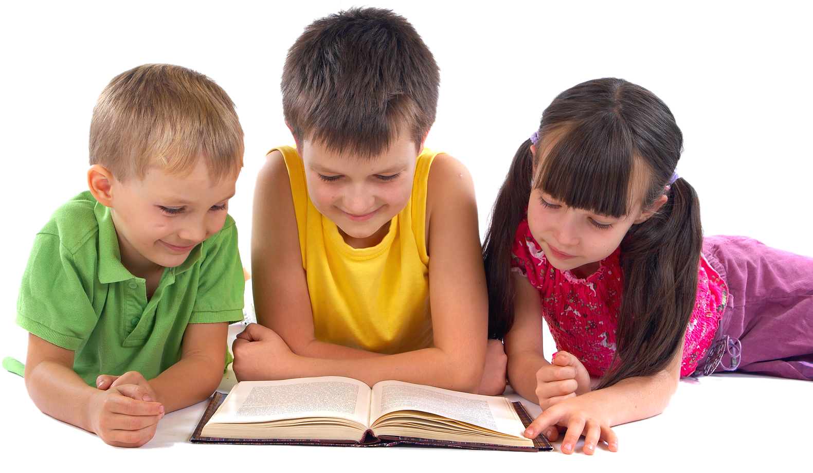 Transparent two kids reading clipart - Kids Reading Png - Children Reading A Book